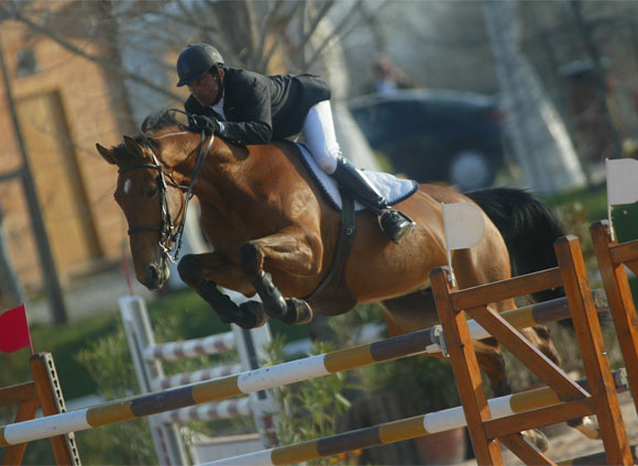 Giampiero Carta using Total Contact saddle at International Competition